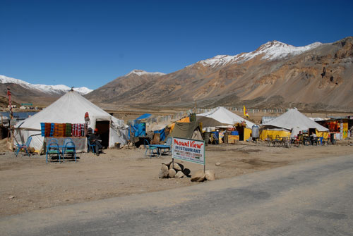 dhabas-in-sarchu